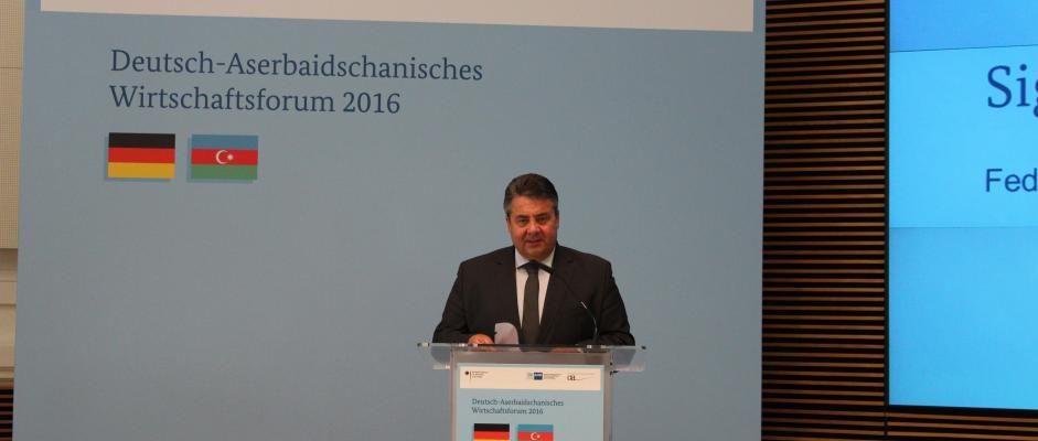 Bundeswirtschaftsminister Gabriel eröffnete das Wirtschaftsforum.